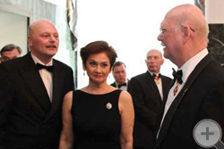 Князь Г.Г.Гагарин приветствует чету Куликовских