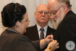 Награждение В.Е.Чурова
