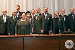 Великая Княгиня Мария Владимировна с новопожалованными Императорскими наградами