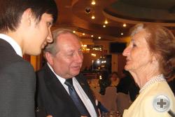 А.Ю.Королев-Перелешин и Д.Д.Шебалин беседуют с Е.К.В. Принцессой Афганской Лучаной Паллавичини Хасан