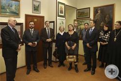 Князь Г.Г.Гагарин открывает выставку