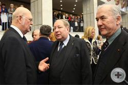 В кулуарах открытия Чтений: князь Г.Г.Гагарин беседует с А.Ю.Королевым-Перелешиным и А.Н.Шеффером