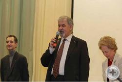 Церемония открытия выставки. Слева направо: О.В. Щербачев, С.В. Думин, Л.В. Скульская