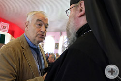 Делегаты Съезда: В.Д. Конев и иеромонах Никон (Левачев-Белавенец)