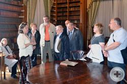 Участники Ассамблеи в библиотеке Воронцовского дворца в Алупке