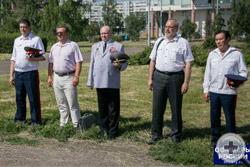 Предводитель Красноярского ДС  (в центре) среди участников торжественной церемонии