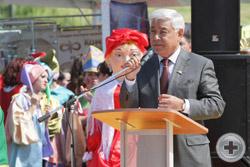 Председатель Государственного Совета Республики Татарстан Ф.Х.Мухаметшин выступает с приветствием на открытии VII Всероссийской Спасской ярмарки
