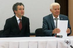 Президиум конференции: Предводитель РДС О.В.Щербачев и председатель Морской секции РДС Вице-Предводитель МДС А.П.Нахимов