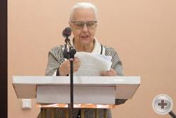 Доклад зачитывает монахиня Зосима (Верховская)