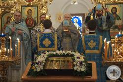 Духовенство во время богослужения