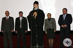 Высокопреосвященный митрополит Феодосийский и Керченский Платон выступает с приветственным словом