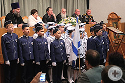 Легендарный «Варяг» звучит в исполнении юных моряков 4 «Б» класса СОШ №19 ст. Марьянской