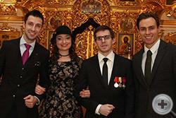 Члены Молодёжного общества РДС во главе с Маргаритой Волковой и С.Г.Павлов (в центре)