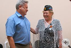 Директор Государственного архива г.Севастополя Д.Б.Зверобоев и Г.В.Корнилова