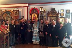 Участники праздничного богослужения в церкви Воскресенья Христова Сан-Франциско - храме Императорского ордена Святой Пророчицы Анны