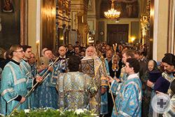 Во время праздничного богослужения