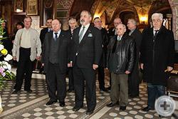 Собираемся к молебну в храме Архистратига Михаила