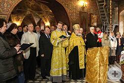 Во время молебна в храме Архистратига Михаила