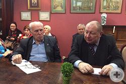 """Участники """"круглого стола"""", справа – А.Ю.Королев-Перелешин, слева - Г.Д.Яковлев, на заднем плане – И.О.Князький"""