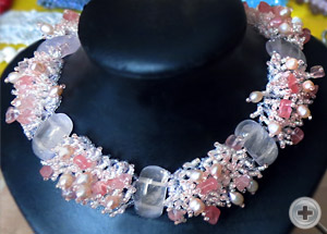 Ожерелье «Розовый кварц»