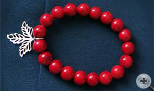 Браслет. Красный искусственный коралл