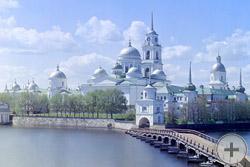 1910 | Вид монастыря из Светлицы. Монастырь преп. Нила Столбенского, озеро Селигер